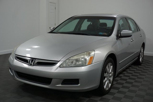 2007 Honda Accord Ex L >> Pre Owned 2007 Honda Accord Sdn Ex L With Navigation