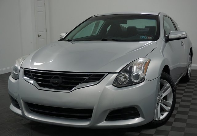 Nissan Altima 2.5 S >> Pre Owned 2010 Nissan Altima 2 5 S Fwd 2dr Car